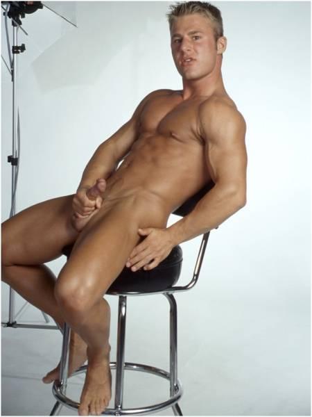 16 naked men, голые мужики, голые парни, мужская клубничка