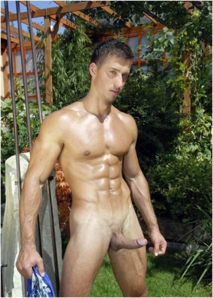 голые мужики бесплатно